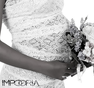 Here you see the gorgeous Wedding Dresses for pregnant women and romantic Wedding Dresses for chubby brides. Many Wedding Dresses in sizes XL and XXL online now at IMPOORIA.