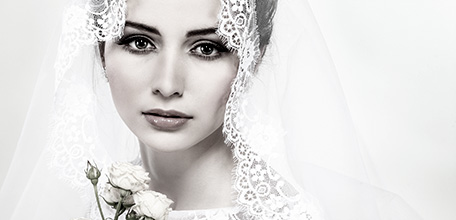 Here you can see wedding dresses online from the latest collections of wedding dresses trend IMPOORIA. All shown Accessories will soon be available in wedding dresses online shop.