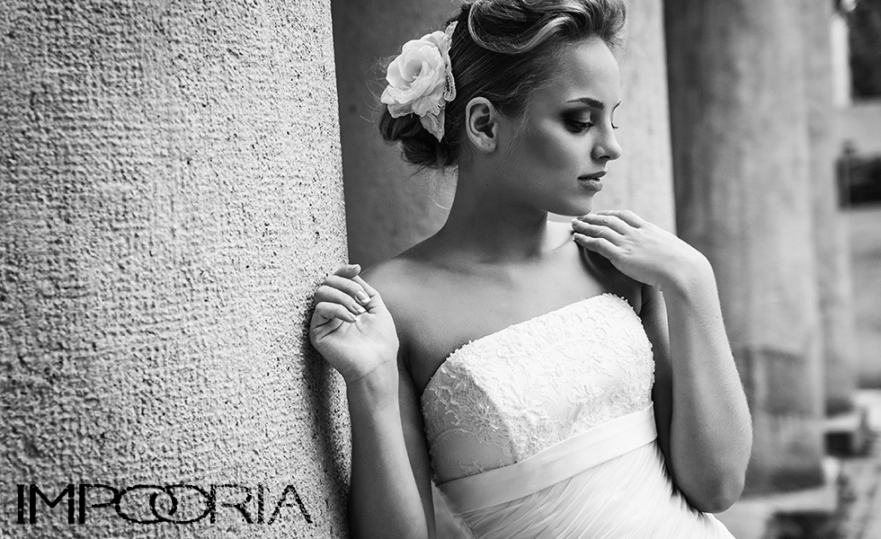 Here you can see Wedding Dresses of the German premium brand. Impooria is the market leader for bridal gowns online and produces the most beautiful wedding dresses for the most special day in your life. Wedding Dresses of the most popular bridal wear brand from Germany.